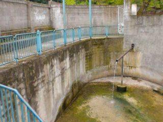 چشمه آب معدنی هزارون